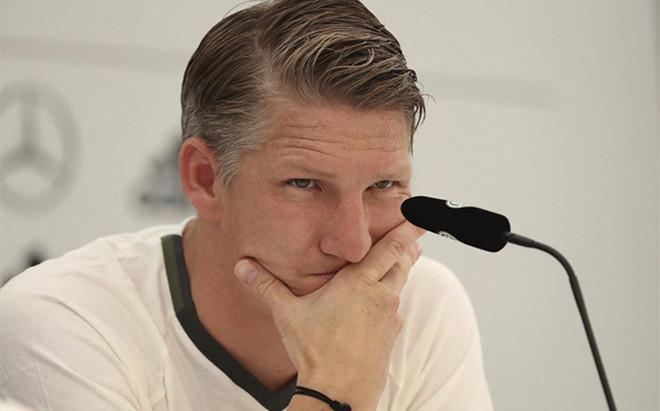 Schweinsteiger asegur� que no piensa dejar el United