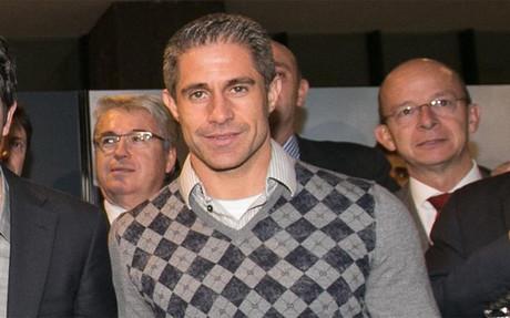 Sylvinho apunta al banquillo del Corinthians