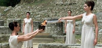 La antorcha olímpica se encendió en Olimpia