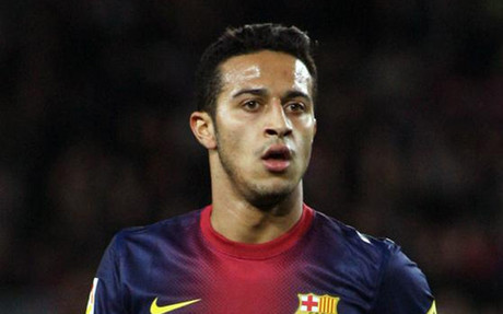 Manchester United offer Thiago Alcantara €140k per week, will triple his salary [Sport]