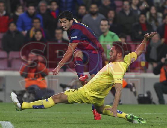 صور : مباراة برشلونة - فياريال 3-1 ( 11-02-2015 ) 1423690198489
