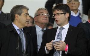 El nuevo presidente de la Generalitat en el palco de Montilivi, en la Supercopa de Catalunya 2014-15