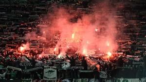 La UEFA sancionará la actitud de los aficionados franceses