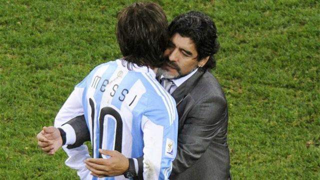 Maradona: Messi no me coge el teléfono