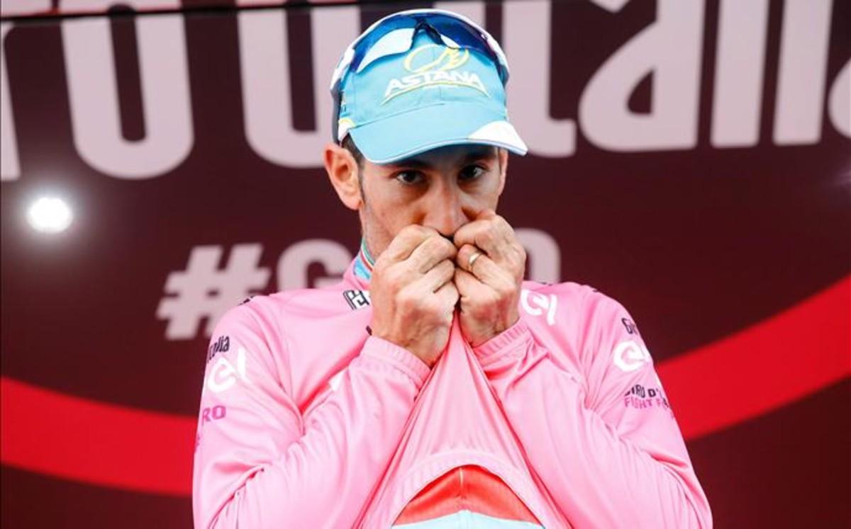 Nibali remata a Chaves y gana el Giro