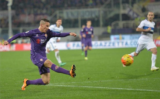 Tello quiere seguir en la Fiorentina