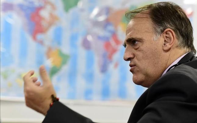 """La LFP defiende al Madrid y al Atl�tico frente al """"castigo desmesurado"""" de la FIFA"""