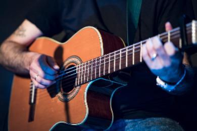 Los mejores afinadores para sacar buenas notas en la guitarra