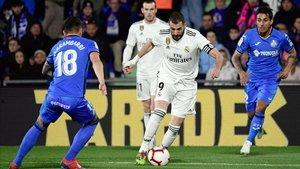 Benzema se quedó sin marcar en Getafe y el Madrid lo acusó