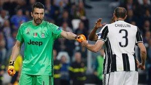 Buffon y Chiellini, pasado y presente de la Juventus