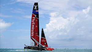 El Emirates Team New Zealand, durante una prueba