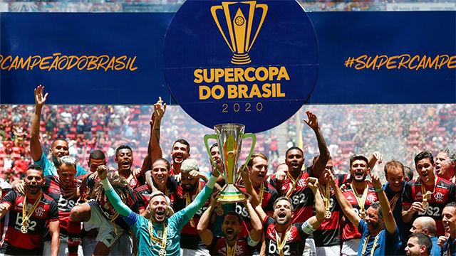 El Flamengo vence 3-0 al Atlético Paranaense y gana la Supercopa de Brasil