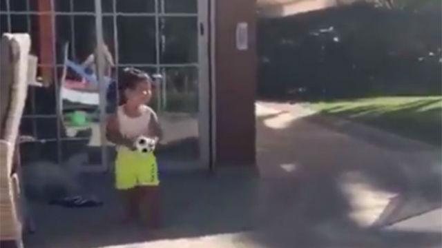 El hijo pequeño de Arturo Vidal hace méritos para futuras Copa América