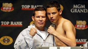 Julio César Chávez, junto a su hijo, volverá a boxear