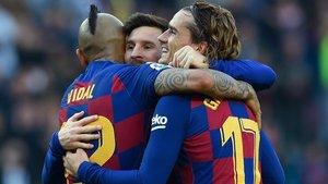 Messi. Griezmann y Arturo Vidal repetirán en el clásico