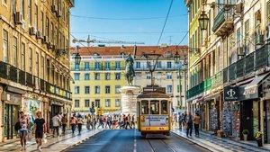 Portugal confina a casi toda el área metropolitana de Lisboa por un brote de coronavirus