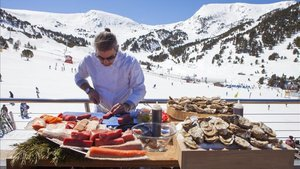Robert Gelonch, comenzó fuerte con un show cooking en la terraza