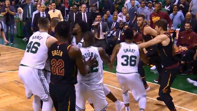 Tangana en el Celtics - Cavaliers