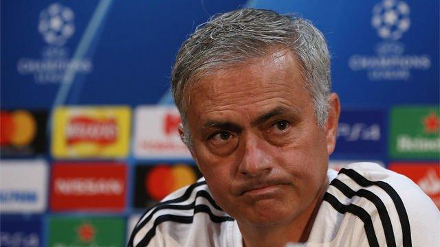 No tiene desperdicio: los tres minutos de la rueda de prensa más surrealista de Mourinho