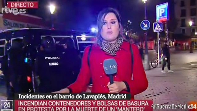 Una reportera de TVE, increpada