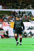 15.Víctor Valdés 2001-2002