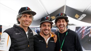 Alonso tuvo un día inolvidable en Canadá