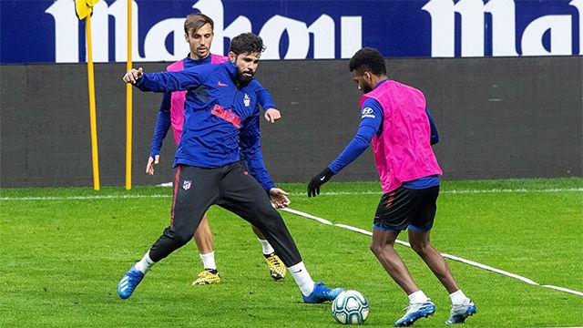 Diego Costa, con el grupo y aún en duda contra el Liverpool