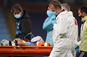 Eric García abandonó el campo en camilla y con ayuda respiratoria