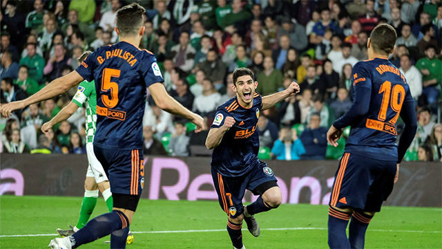 Guedes acerca al Valencia a zona Champions