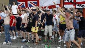 Hooligans ingleses durante la Eurocopa de 2016 en Francia