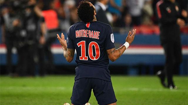 Neymar volvió a jugar tres meses después