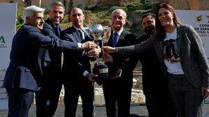 El presidente federativo Luis Rubiales presentó la Copa de España