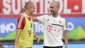 Robben y Guardiola coincidieron el el Bayern Múnich entre 2013 y 2016