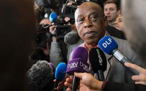 Tokyo Sexwale quiere dar la sorpresa en las elecciones a la presidencia de la FIFA