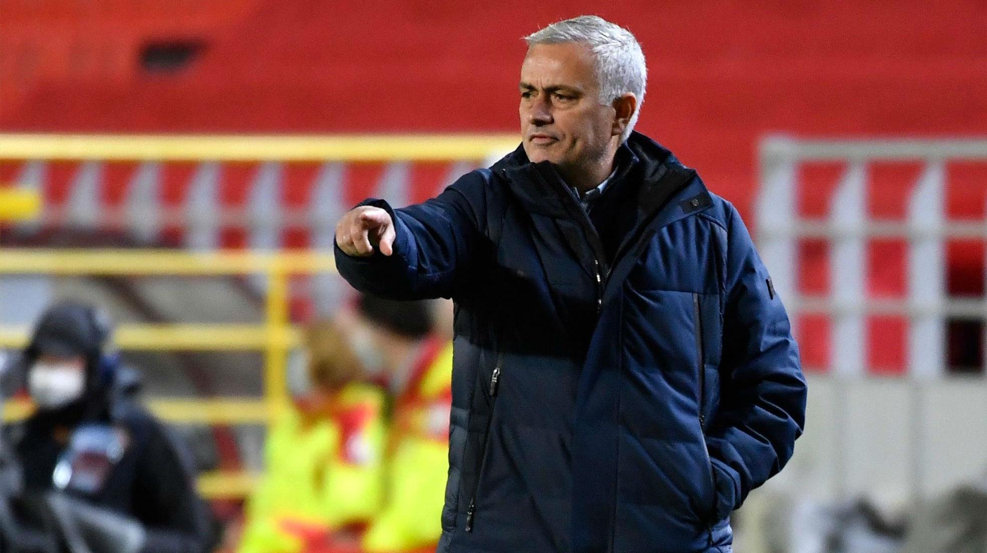Mourinho no se corta con sus jugadores