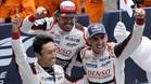 Alonso, Buemi y Nakajina, tras ganar en Le Mans