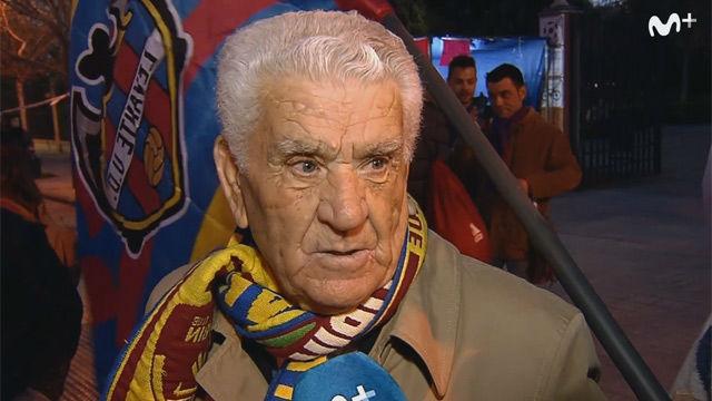 Así vivió el abuelo del Levante el ascenso en el estadio: recién operado y con una sonda