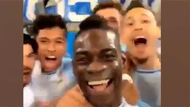 ¡Balotelli es único! Marcó, y lo celebró subiendo una historia a su Instagram