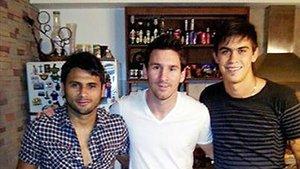 Emanuel Biancucchi, a la derecha de la fotografía, jugará en el Newells