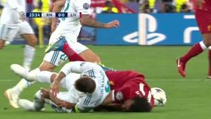 La entrada de Ramos a Salah