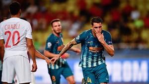 Giménez, tras anotar el tanto que a la postre daría el triunfo al Atlético.