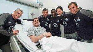 Iker Casillas recibió la visita de la plantilla del Oporto