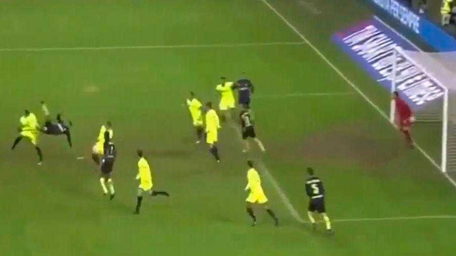 El impresionante gol de chilena de Murillo
