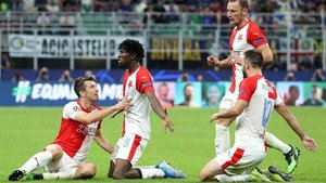 El Inter logró igualar el gol del Slavia Praga