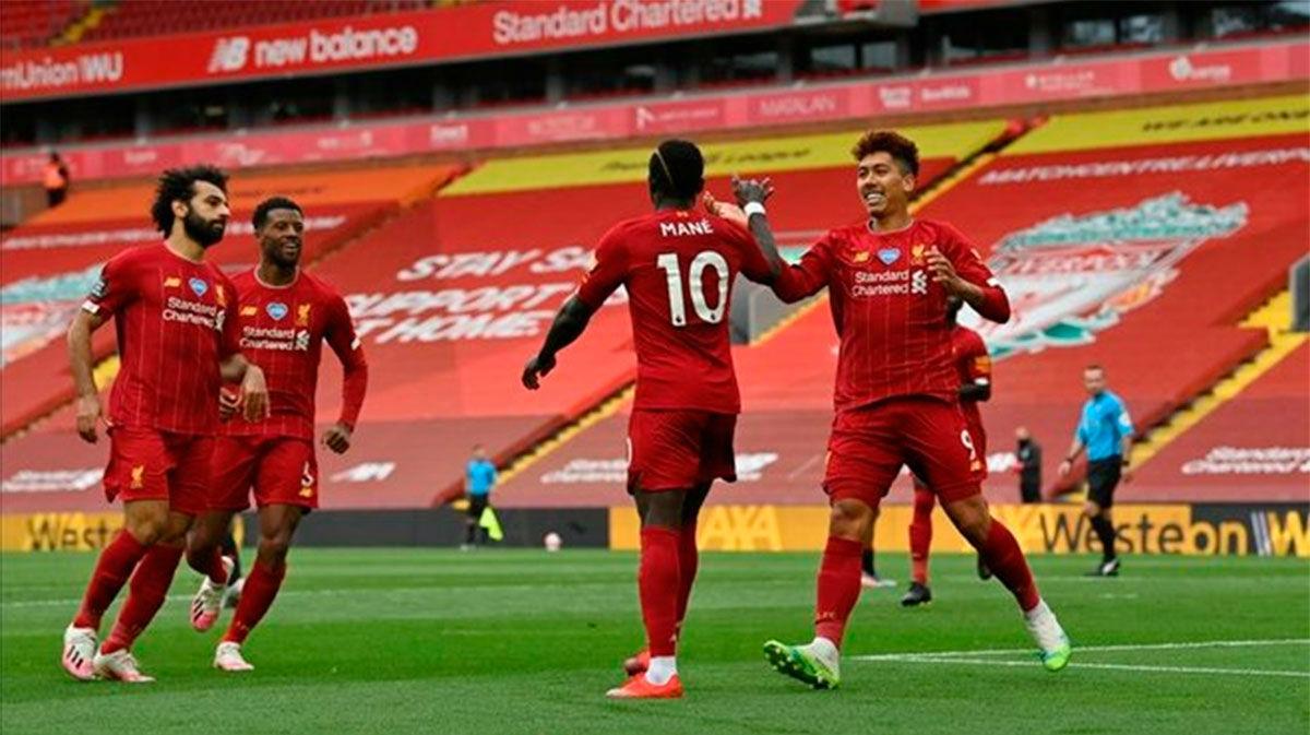 Mané desatasca a un resacoso Liverpool