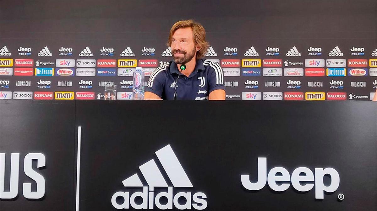 Pirlo, sobre Suárez: Será difícil que sea centrocampista de la Juventus