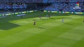 El resbalón de Godín provocó el primer gol del Celta - LALIGA