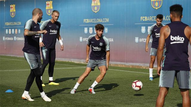 Samper y Rafinha se entrenan en solitario con el Barça