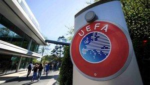 La Uefa ha hecho una donación de botas