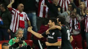 Aritz Aduriz renueva por el Athletic hasta 2019